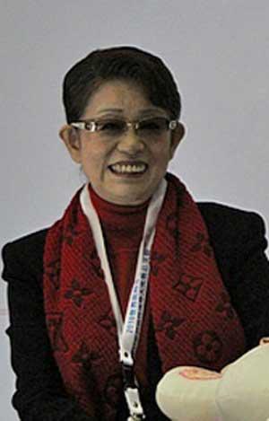 山田満知子